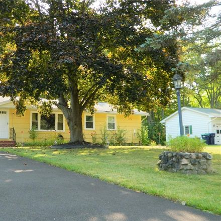 Rent this 3 bed house on Farnsworth Rd S in Rochester, NY