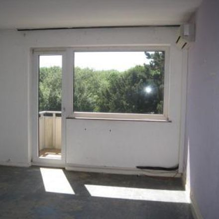 Rent this 2 bed apartment on Gladbacher Straße 109 in 41747 Viersen, Germany