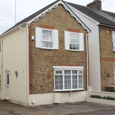 Rent this 5 bed house on Denham Road in Egham TW20 9BY, United Kingdom