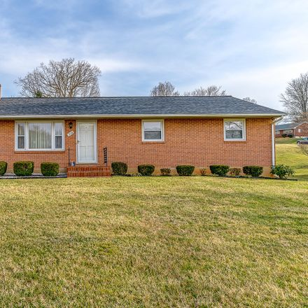 Rent this 3 bed house on 314 Woodmere Dr in Vinton, VA
