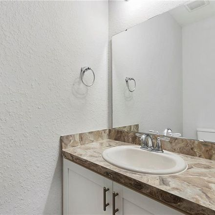 Rent this 3 bed townhouse on Sarasota