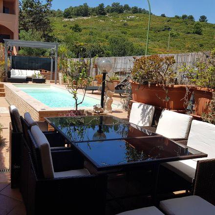 Rent this 4 bed house on Via degli Anemoni in 89, 07041 Alghero SS