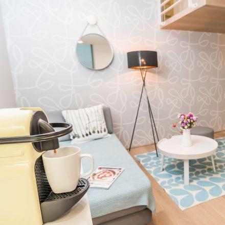 Rent this 1 bed apartment on Liechtensteinstraße 90 in 1090 Vienna, Austria