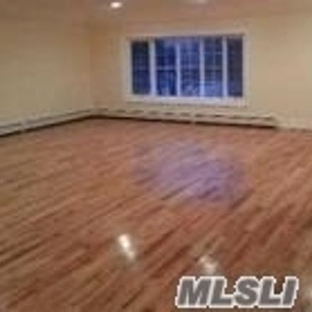 Rent this 3 bed duplex on 148-59 Edgewood Street in New York, NY 11422