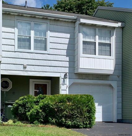 Rent this 3 bed townhouse on 78 Meadowlark Drive in City of Cohoes, NY 12047