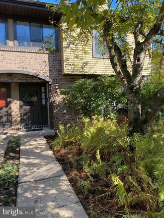Rent this 3 bed townhouse on Independence Pl in Newtown, PA