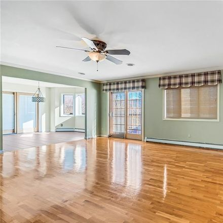Rent this 5 bed house on 96 Jefferson Street in Woodbury, NY 10930