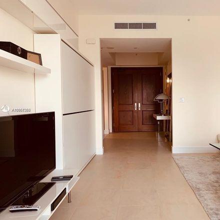 Rent this 1 bed condo on 1425 Brickell Avenue in Miami, FL 33131