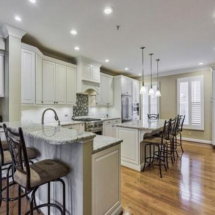 Rent this 3 bed condo on Baltimore in MD 21231, USA