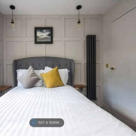 Rent this 3 bed apartment on 73 Grassmarket in City of Edinburgh EH1 2HJ, United Kingdom