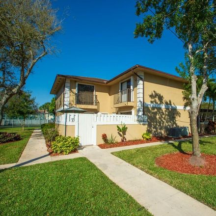 Rent this 3 bed townhouse on North Lawnwood Circle in Fort Pierce, FL 34950