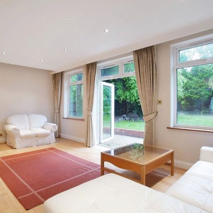 Rent this 5 bed house on Alderton Crescent in London NW4 3XU, United Kingdom