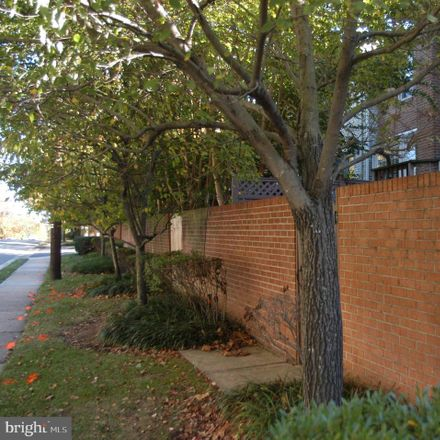 Rent this 4 bed townhouse on 6568 Flagmaker Court in Falls Church, VA 22042