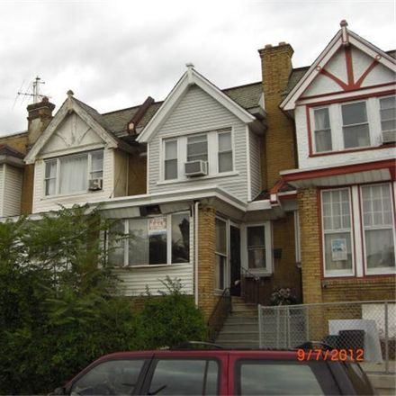 Rent this 3 bed townhouse on 5603 Florence Avenue in Philadelphia, PA 19143