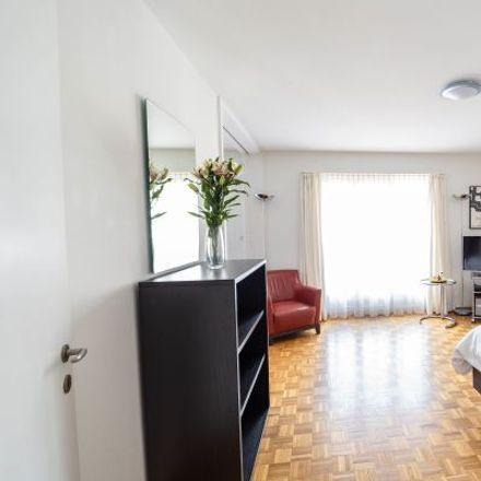 Rent this 1 bed apartment on Holbeinstrasse 20 in 8008 Zurich, Switzerland