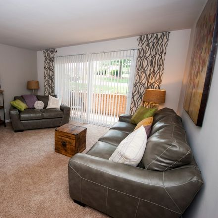 Rent this 1 bed apartment on West Main Street in Salem, VA 24153