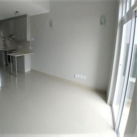 Rent this 2 bed apartment on McDonald's in Wellington Road, Cape Town Ward 112