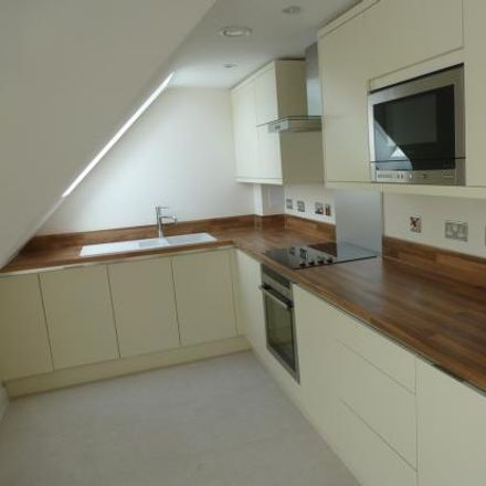 Rent this 1 bed apartment on Fernbank Road in Bracknell Forest SL5 8JX, United Kingdom