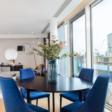 Rent this 3 bed apartment on Burger & Lobster Leicester Square in 10 Wardour Street, London