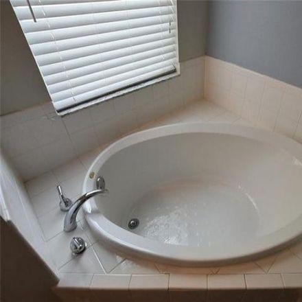 Rent this 3 bed house on Dean Creek Lane in Alafaya, FL 32825