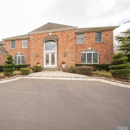 Rent this 5 bed house on Alley Pond Ct in Huntington Station, NY
