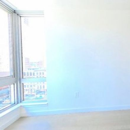 Rent this 1 bed apartment on #11V in 111 Worth Street, Civic Center