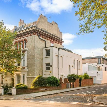 Rent this 3 bed apartment on 49 Rosslyn Hill in London NW3 1NH, United Kingdom