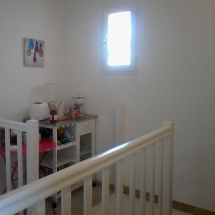 Rent this 2 bed room on 28 résidence Maruege