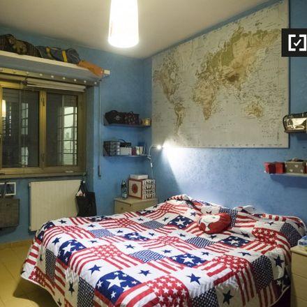Rent this 3 bed apartment on Giardino citta dell'utopia in Via Valeriano, 00145 Rome Roma Capitale