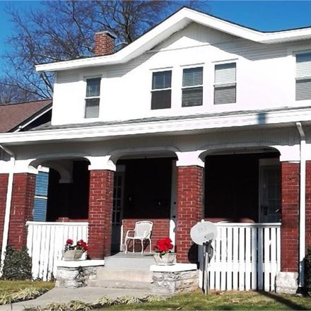 Rent this 4 bed apartment on 921 Cramer Avenue in Lexington, KY 40502
