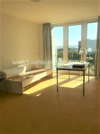 Rent this 3 bed apartment on NP-One in Münchner Straße, 01187 Dresden