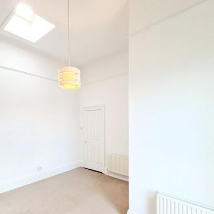Rent this 4 bed house on Erin Terrace in Leinster Road, Rathmines West F ED
