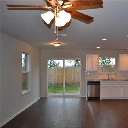 Rent this 3 bed house on N Hickory St in Sherman, TX