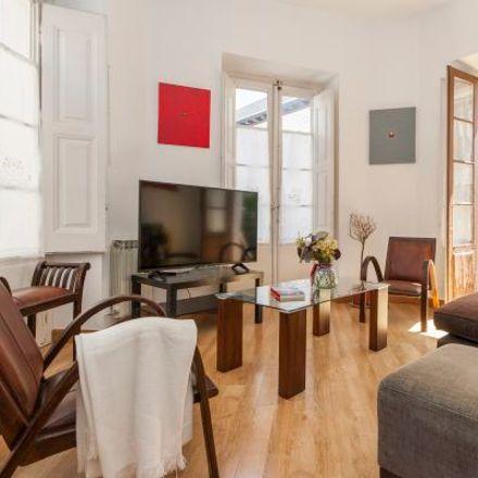 Rent this 5 bed apartment on Santander Bank in Calle de las Postas, 28012 Madrid