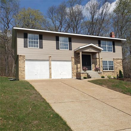 Rent this 3 bed house on Parkwood Ct in Barnhart, MO