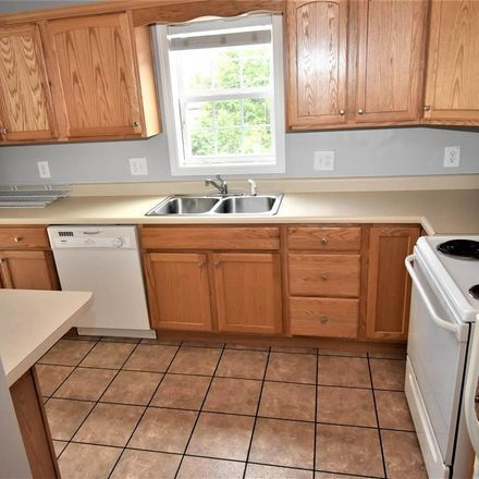 Rent this 4 bed apartment on Tremont St in Morgantown, WV