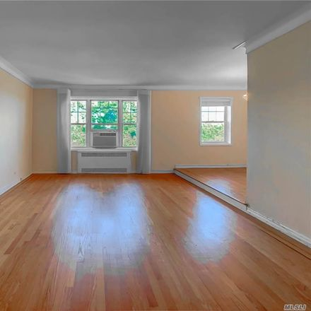 Rent this 1 bed condo on 35 113th St in Forest Hills, NY