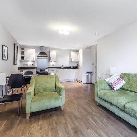 Rent this 2 bed apartment on Great Elms Road in Homesdale Road, London