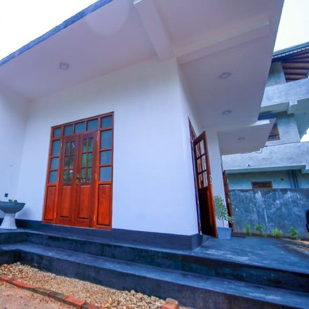Rent this 2 bed house on Thiranagama 80244