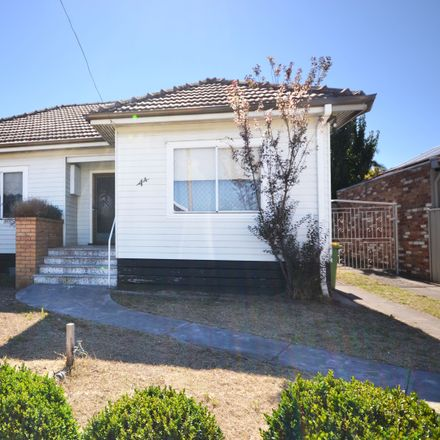 Rent this 4 bed house on 4A Percival Street
