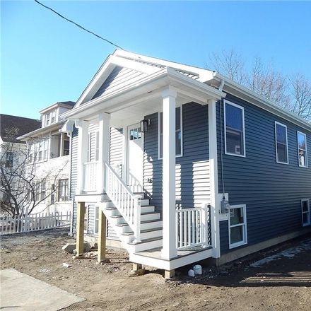 Rent this 3 bed house on 17 Homer Street in Providence, RI 02905