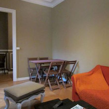 Rent this 3 bed apartment on 46 Rue Lecourbe in 75015 Paris, France