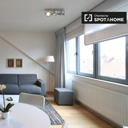 Rent this 1 bed apartment on Rue de Theux - de Theuxstraat in 1050 Ixelles - Elsene, Belgium