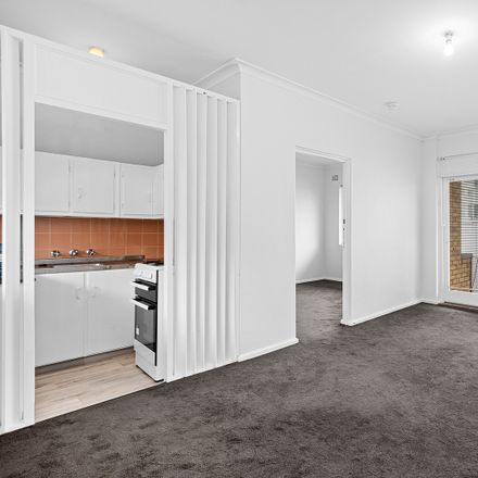 Rent this 1 bed apartment on 6/18 Searl Road