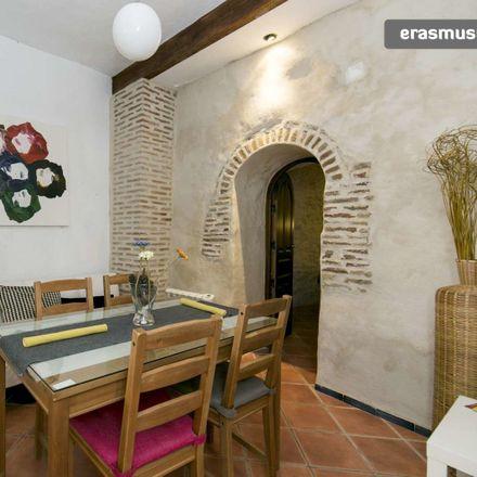 Rent this 2 bed apartment on Callejón del Boli in 18010 Granada, Spain