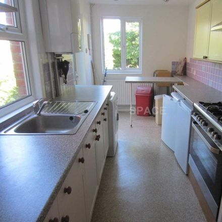 Rent this 4 bed house on Cardigan Road in Reading RG1 5QW, United Kingdom