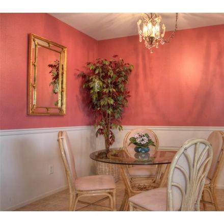 Rent this 1 bed condo on Benjamin Ln in Sarasota, FL