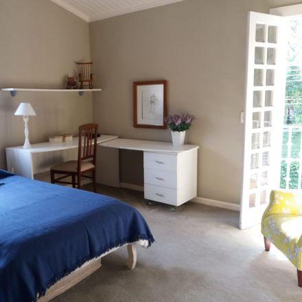 Rent this 5 bed room on R. Trinta e Um de Março - Retiro Morumbi in São Paulo - SP, Brasil