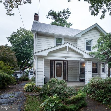 Rent this 3 bed house on 47 South Kirklyn Avenue in Upper Darby, PA 19082