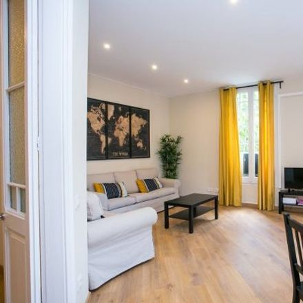 Rent this 4 bed apartment on Carrer de Muntaner in 14, 08001 Barcelona